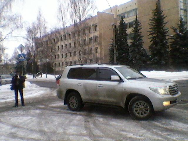 автомобиль Шелепова на выборах 4 марта